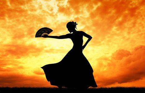 Pleši, Modesty, pleši
